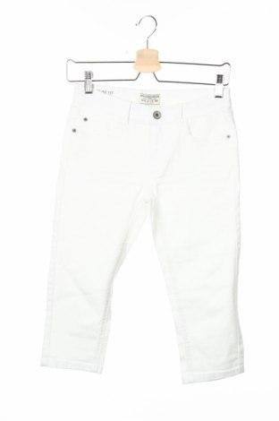 Детски дънки Review, Размер 12-13y/ 158-164 см, Цвят Бял, 97% памук, 3% еластан, Цена 10,58лв.