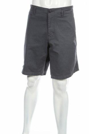 Pantaloni scurți de bărbați Armani Jeans
