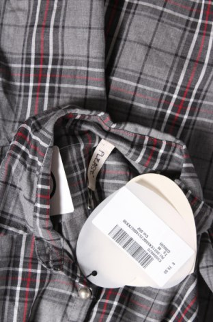 Дамска риза Please, Размер M, Цвят Сив, 59% полиестер, 40% памук, 1% еластан, Цена 38,15лв.