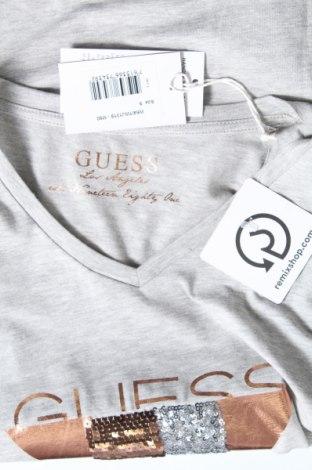 Дамска тениска Guess, Размер S, Цвят Сив, 95% памук, 5% еластан, Цена 51,75лв.