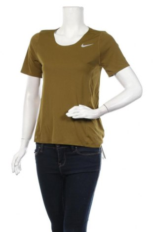Дамска тениска Nike, Размер S, Цвят Зелен, Полиестер, Цена 27,60лв.