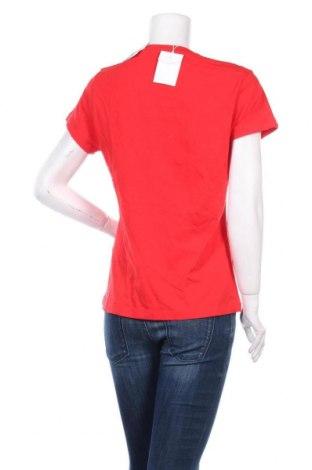 Дамска тениска Samsoe & Samsoe, Размер M, Цвят Червен, 100% памук, Цена 29,67лв.