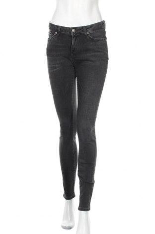 Дамски дънки Selected Femme, Размер M, Цвят Черен, 87% памук, 11% полиестер, 2% еластан, Цена 32,68лв.