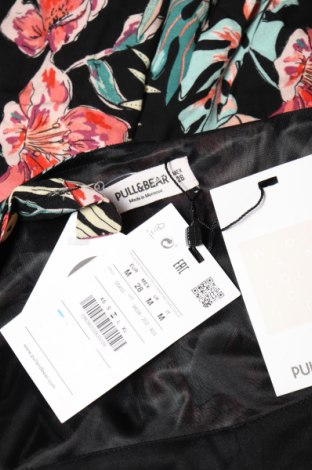 Γυναικεία σαλοπέτα Pull&Bear, Μέγεθος S, Χρώμα Πολύχρωμο, Βισκόζη, Τιμή 13,39€