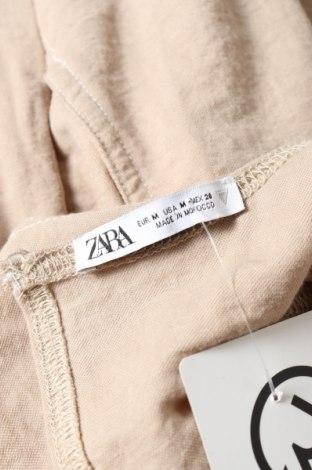 Дамски гащеризон Zara, Размер M, Цвят Бежов, 53% вискоза, 47% полиамид, Цена 27,60лв.