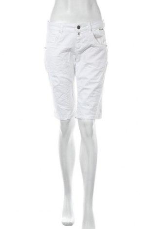 Γυναικείο κοντό παντελόνι Cartoon, Μέγεθος M, Χρώμα Λευκό, 97% βαμβάκι, 3% βαμβάκι, Τιμή 15,88€