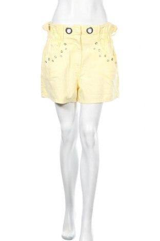 Γυναικείο κοντό παντελόνι Elsa, Μέγεθος M, Χρώμα Κίτρινο, Βαμβάκι, Τιμή 10,05€
