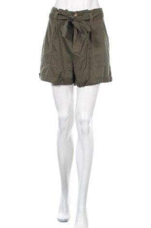Γυναικείο κοντό παντελόνι Miss Selfridge, Μέγεθος L, Χρώμα Πράσινο, 64% βισκόζη, 36% βαμβάκι, Τιμή 23,96€