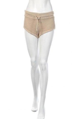 Дамски къс панталон Stylewise, Размер S, Цвят Бежов, Акрил, Цена 18,90лв.
