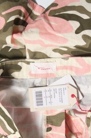 Γυναικείο κοντό παντελόνι Twintip, Μέγεθος S, Χρώμα Πολύχρωμο, Βαμβάκι, Τιμή 11,34€
