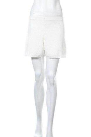 Γυναικείο κοντό παντελόνι Top Fashion, Μέγεθος S, Χρώμα Λευκό, Τιμή 9,64€