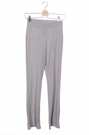 Γυναικείο παντελόνι Boohoo, Μέγεθος XS, Χρώμα Γκρί, 95% πολυεστέρας, 5% ελαστάνη, Τιμή 6,76€