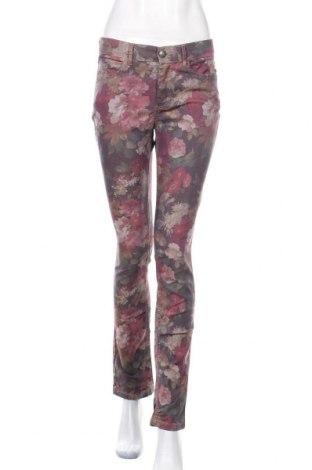 Дамски панталон Liv, Размер S, Цвят Многоцветен, 71% памук, 26% полиестер, 3% еластан, Цена 11,03лв.