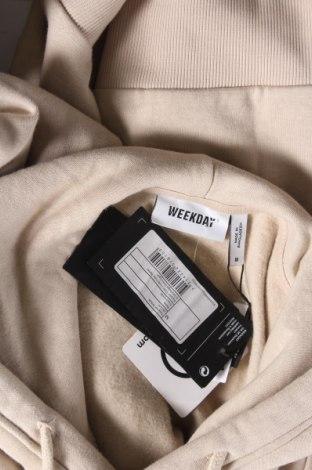 Дамски суичър Weekday, Размер M, Цвят Бежов, 80% памук, 20% полиестер, Цена 25,37лв.