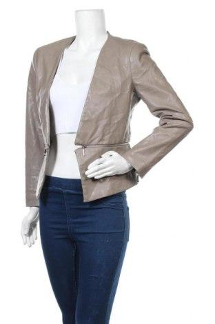 Дамско кожено сако Zara, Размер M, Цвят Бежов, Еко кожа, Цена 34,65лв.