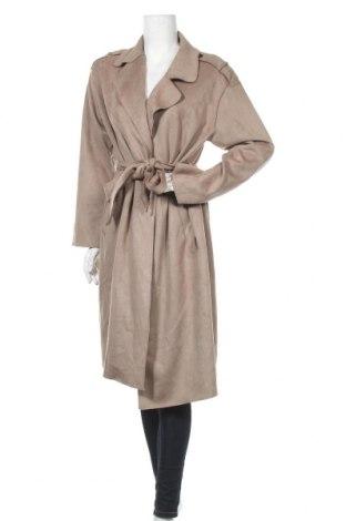 Дамско палто Zara, Размер L, Цвят Бежов, 95% полиестер, 5% еластан, Цена 49,02лв.