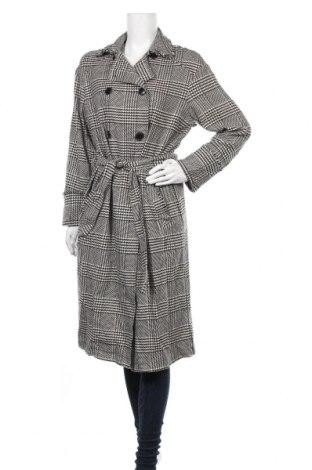 Дамско палто Zara Trafaluc, Размер M, Цвят Черен, 64% полиестер, 33% вискоза, 3% еластан, Цена 45,36лв.