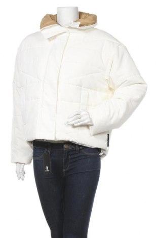 Γυναικείο μπουφάν Converse, Μέγεθος M, Χρώμα Λευκό, Πολυαμίδη, Τιμή 46,24€
