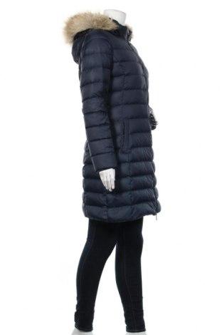 Γυναικείο μπουφάν Tommy Hilfiger, Μέγεθος M, Χρώμα Μπλέ, Πολυεστέρας, φτερά και πούπουλα, Τιμή 92,32€