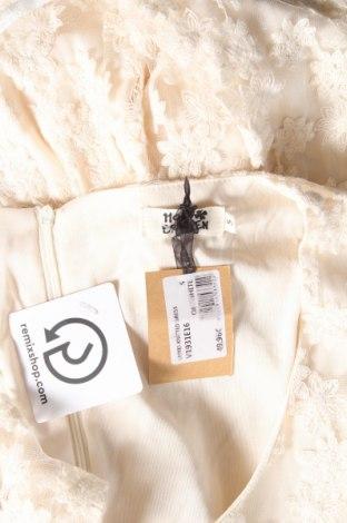 Φόρεμα Molly Bracken, Μέγεθος S, Χρώμα Εκρού, 85% βαμβάκι, 15% πολυαμίδη, Τιμή 14,35€