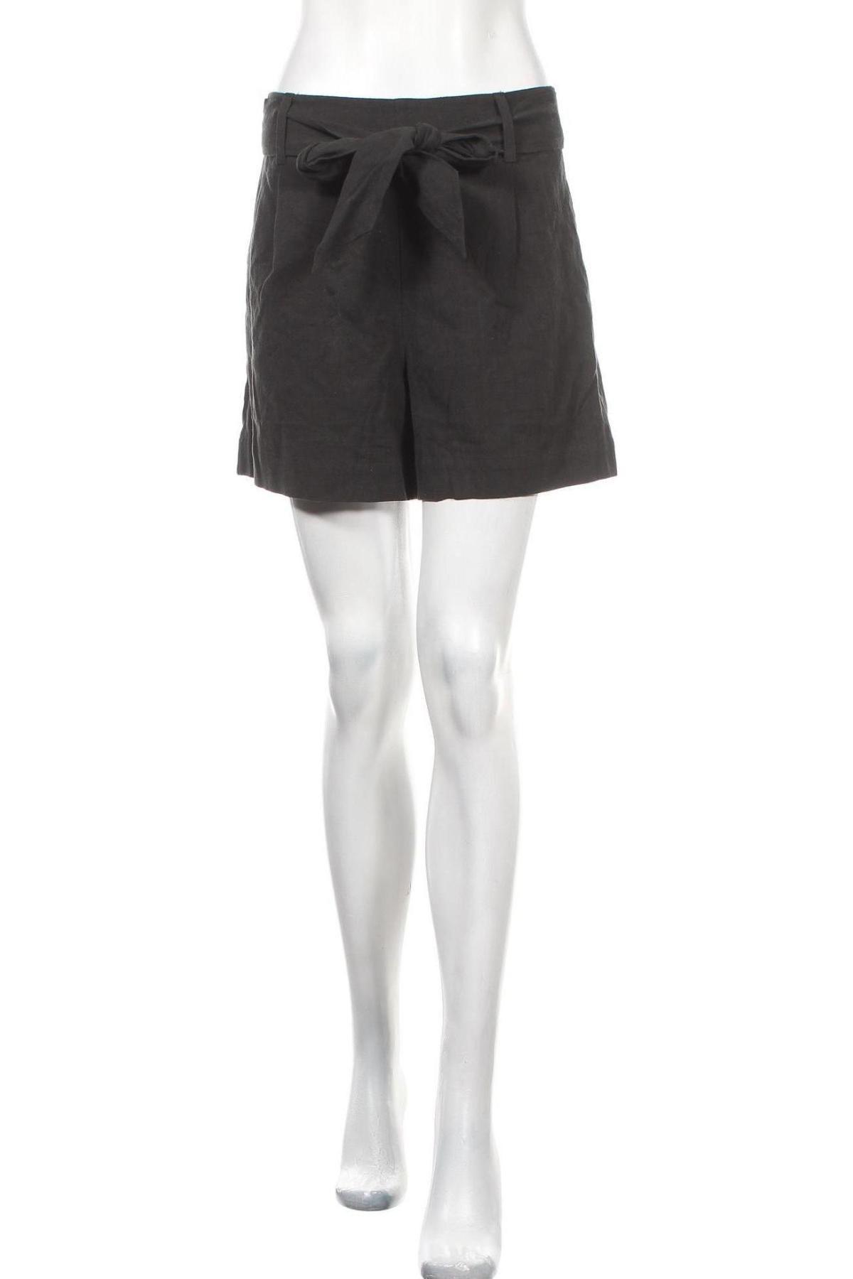Γυναικείο κοντό παντελόνι Selected Femme, Μέγεθος M, Χρώμα Μαύρο, 45% βαμβάκι, 55% λινό, Τιμή 20,98€