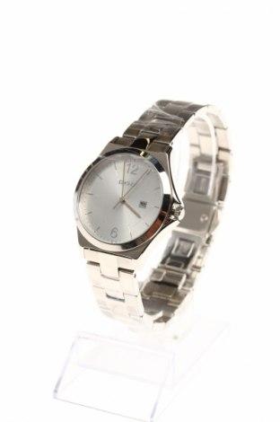 Часовник DKNY