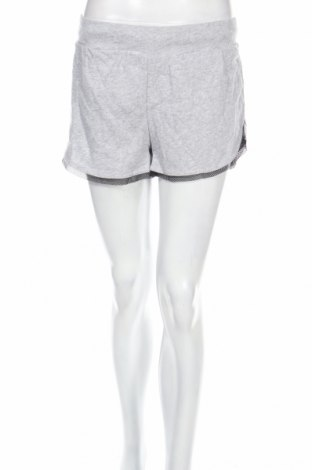 Pantaloni scurți de femei Guess