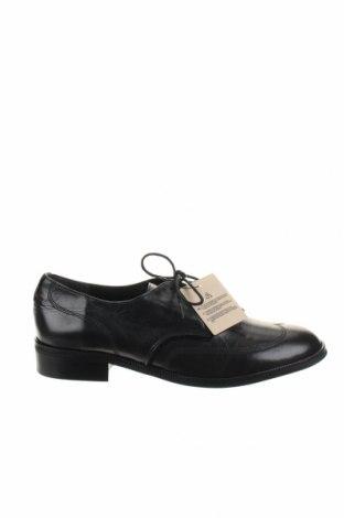 Dámske topánky  Levi's, Veľkosť 40, Farba Čierna, Pravá koža , Cena  29,23€
