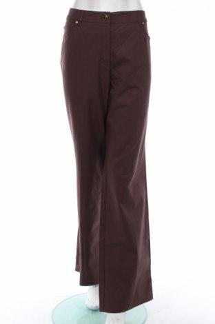 Дамски панталон Escada