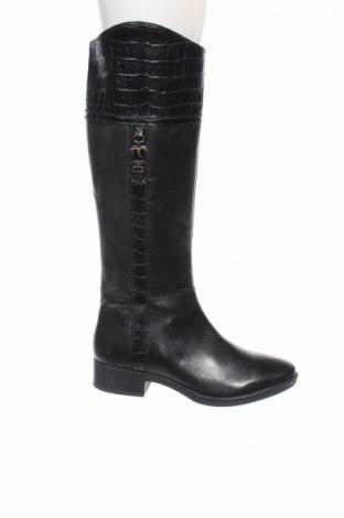 Γυναικείες μπότες Geox