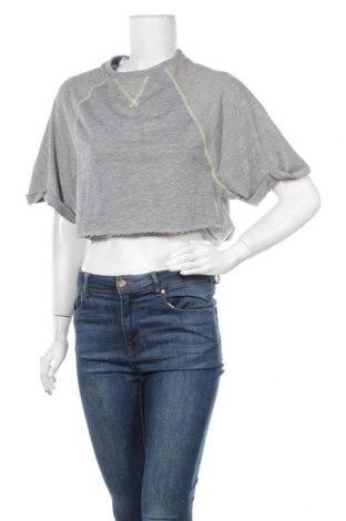 Γυναικεία μπλούζα Bershka, Μέγεθος M, Χρώμα Γκρί, 89% πολυεστέρας, 11% βαμβάκι, Τιμή 4,64€