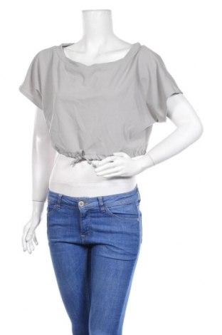 Дамска блуза Stylewise, Размер S, Цвят Сив, 95% полиестер, 5% еластан, Цена 12,80лв.