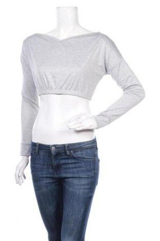 Дамска блуза Stylewise, Размер S, Цвят Сив, 95% полиестер, 5% еластан, Цена 8,50лв.