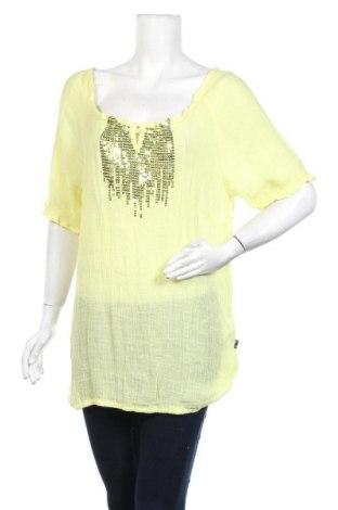 Дамска блуза Zhenzi, Размер M, Цвят Жълт, 60% вискоза, 40% полиестер, Цена 9,98лв.