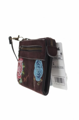 Дамска чанта Desigual, Цвят Кафяв, Естествен велур, Цена 53,55лв.