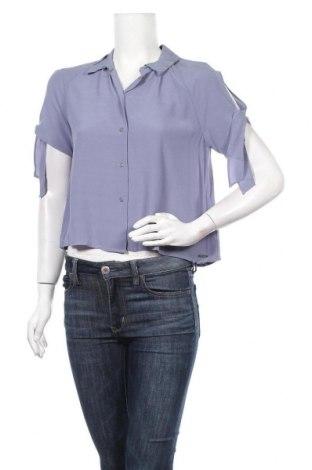 Дамска риза Guess, Размер M, Цвят Син, Вискоза, Цена 73,87лв.