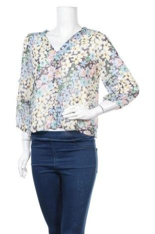 Дамска риза ONLY, Размер S, Цвят Многоцветен, Полиестер, Цена 36,75лв.
