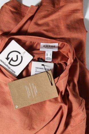 Дамска тениска Aware by Vero Moda, Размер S, Цвят Кафяв, 95% лиосел, 5% еластан, Цена 13,05лв.