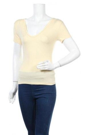 Дамска тениска Missguided, Размер S, Цвят Жълт, Цена 8,58лв.