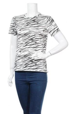 Дамска тениска ONLY, Размер S, Цвят Бял, Памук, Цена 10,15лв.