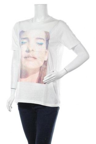 Дамска тениска Vero Moda, Размер S, Цвят Бял, 70% лиосел, 30% памук, Цена 10,15лв.