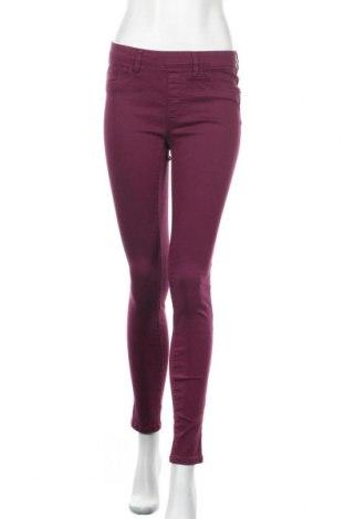 Дамски дънки Ricki's, Размер S, Цвят Лилав, 74% памук, 24% полиестер, 2% еластан, Цена 11,34лв.