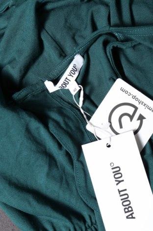 Дамски гащеризон About You, Размер M, Цвят Зелен, 95% вискоза, 5% еластан, Цена 16,72лв.