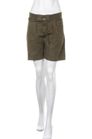 Γυναικείο κοντό παντελόνι Free Quent, Μέγεθος M, Χρώμα Πράσινο, 55% λινό, 45% βαμβάκι, Τιμή 16,56€