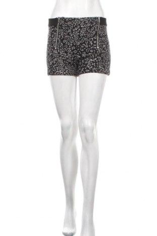 Γυναικείο κοντό παντελόνι Mango, Μέγεθος S, Χρώμα Μαύρο, 69% πολυεστέρας, 12%ακρυλικό, 7% βισκόζη, 5% μαλλί, 4% πολυαμίδη, 3% βαμβάκι, Τιμή 6,06€