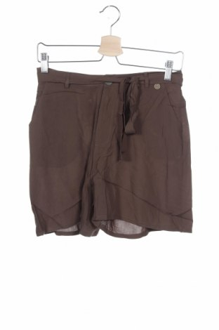 Γυναικείο κοντό παντελόνι Smash, Μέγεθος S, Χρώμα Πράσινο, Βισκόζη, Τιμή 10,38€