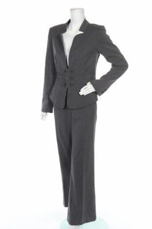 Дамски костюм B.C. Best Connections, Размер M, Цвят Сив, 64% полиестер, 33% вискоза, 3% еластан, Цена 31,19лв.