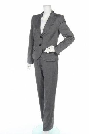Дамски костюм Biba, Размер M, Цвят Сив, 69% полиестер, 29% вискоза, 2% еластан, Цена 30,87лв.