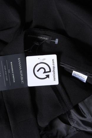 Дамски панталон Banana Republic, Размер M, Цвят Черен, 70% полиестер, 23% вискоза, 7% еластан, Цена 26,85лв.