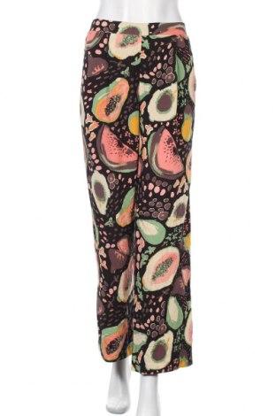 Дамски панталон Selected Femme, Размер M, Цвят Многоцветен, 100% вискоза, Цена 66,75лв.